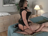 Face Sitting: Miss Britney and Goddess Samantha - four new movies!